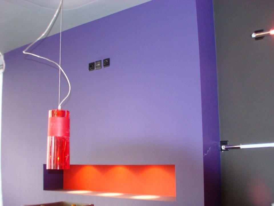 Peinture mur et intégration lumière indirecte