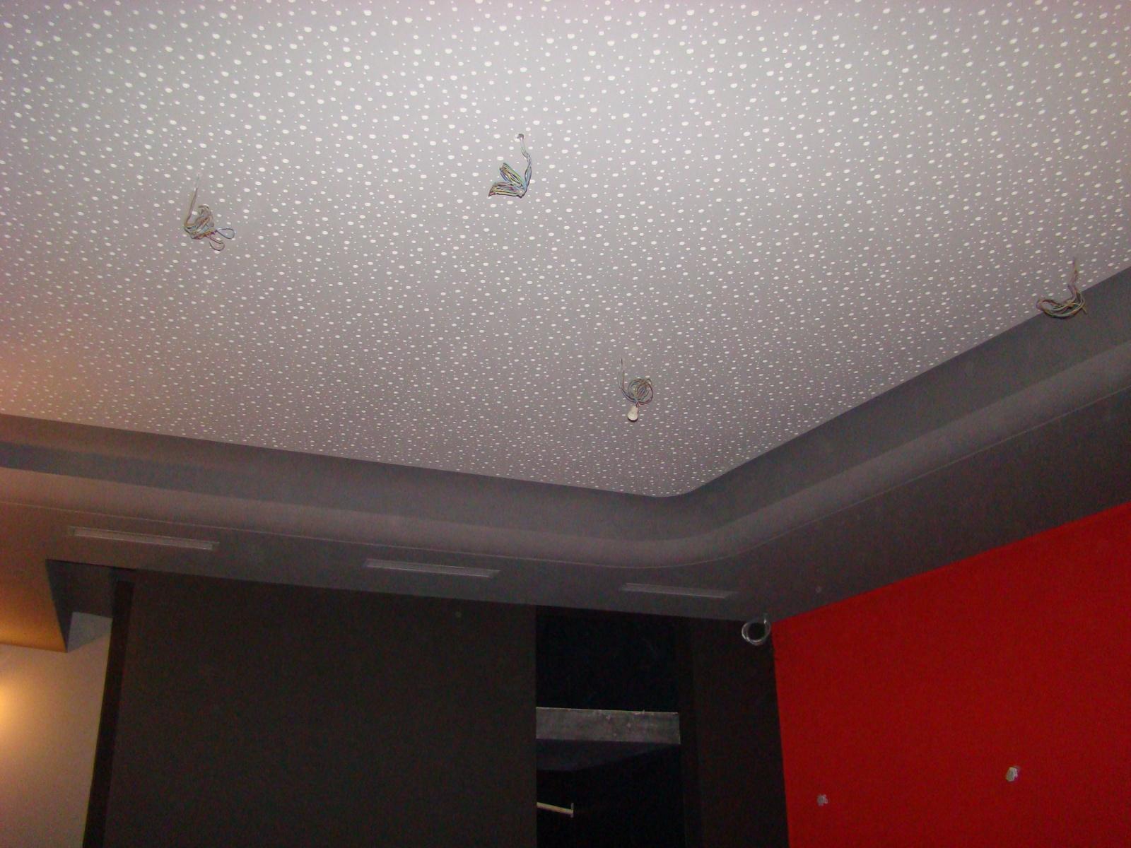 Peinture mur et intégration lumière plafond